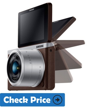 Samsung NX Mini best vlog camera with flip screen