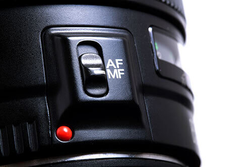 Auto-Focusing in mirrorless camera