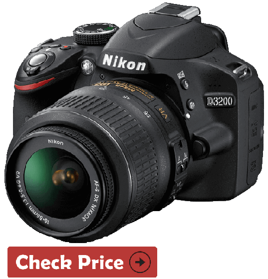 Nikon D5600 w camera on cyber monday deals